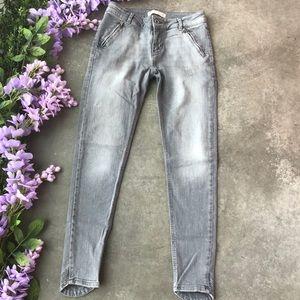 Zara Gray Skinny Jeans Tulip Hem Zipper Pocket 4